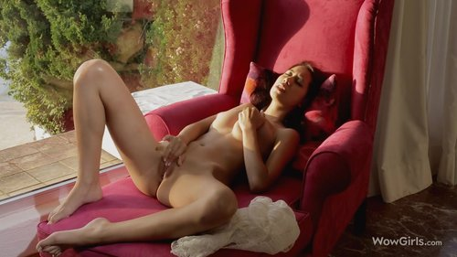 Download Wow Girls – Paula Shy Free