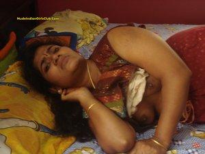 nude Malayali wife