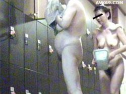 026punyo 1334 Changing room older women No.06124_1