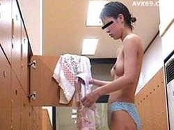 026punyo 958 Changing room teens No.05287_1