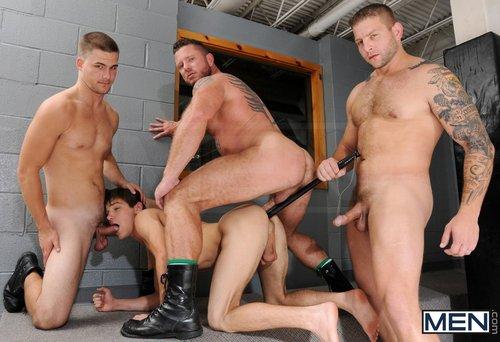 Секс геев в тюрьме фото