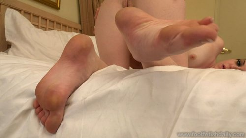 Download Foot Fetish Daily   Emma Evins Living Photos Free