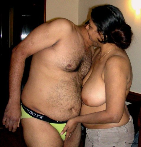 Remarkable, very hot housewife mallu aunty remarkable