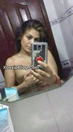 Pakistani Lahore Wife Showing Her Boobs