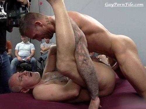 jake cruise bo dean gay porn